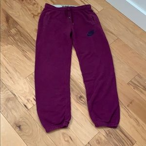Nike Sweatpants Purple